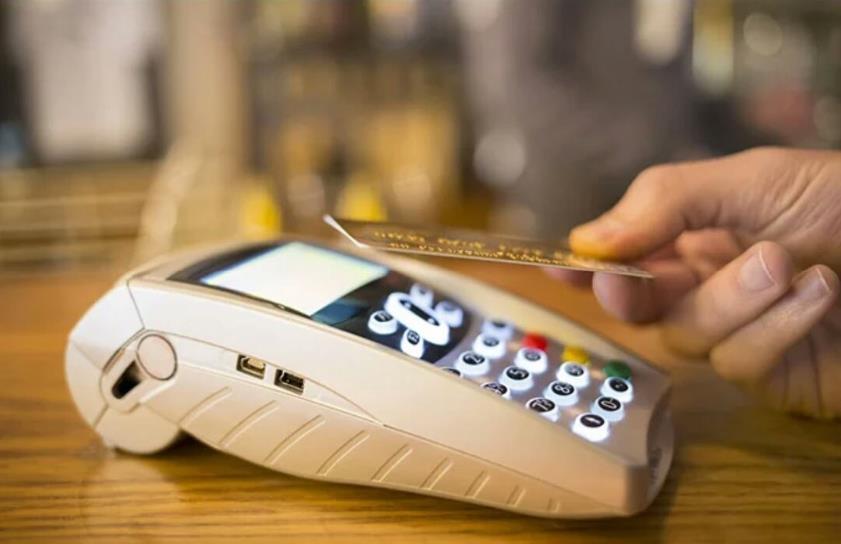 正确的使用信用卡能提额,用错会影响征信